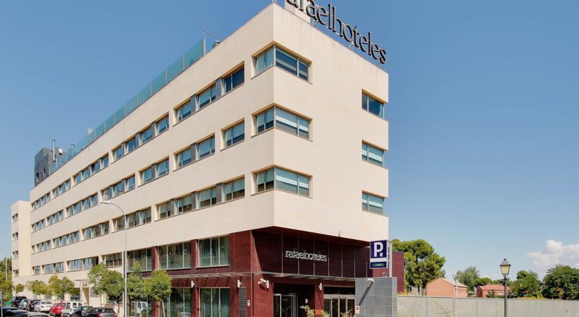 Fachada_Hotel_Rafael_Forum_Alcalá