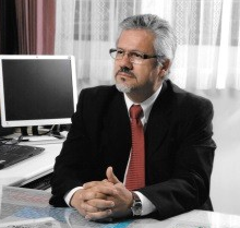 Dr. Marvin Salas Zuñiga