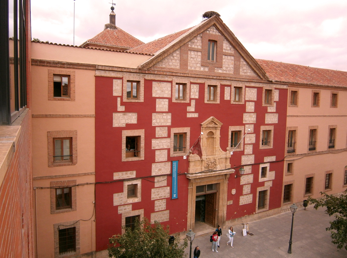 Facultad de Ciencias Económicas, Empresariales y Turismo